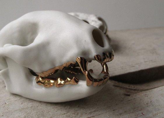 Beetle & Flor Skulls
