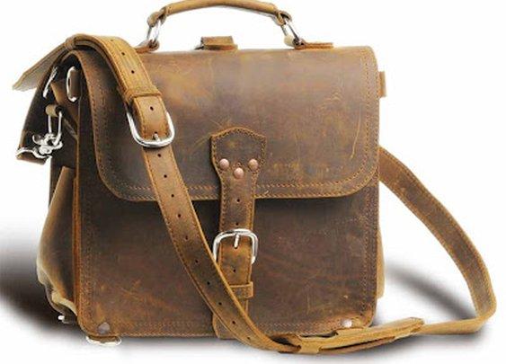 Saddleback satchel