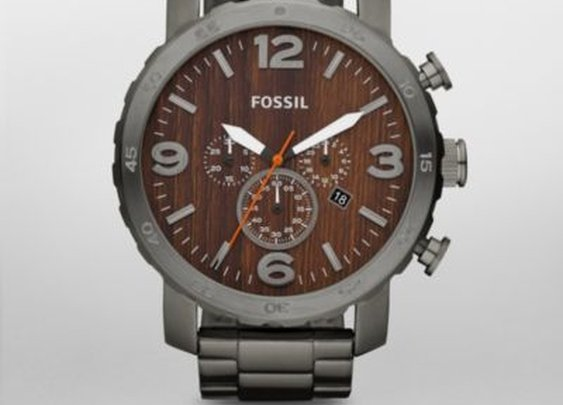 FOSSIL® Features Shades of Steel:Mens Nate Stainless Steel Watch – Smoke JR1355