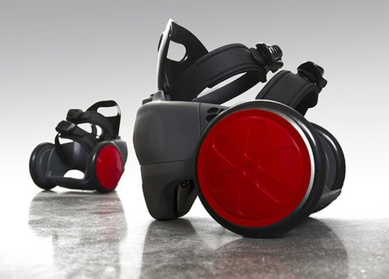 spnKiX: Motorized skates that strap right on to your shoes