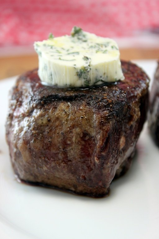 The Right Way to Cook a Steak