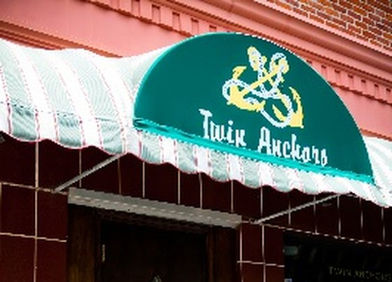 Twin Anchors | Chicago