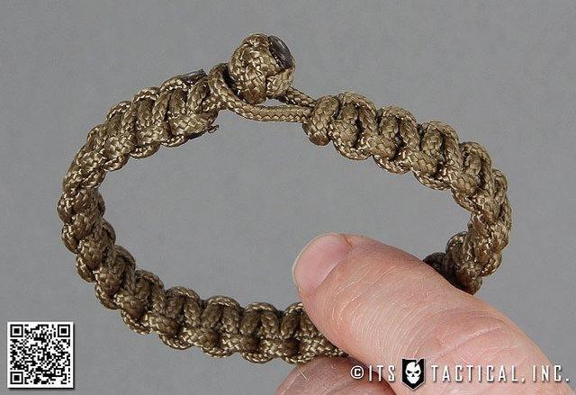 Learn How to Tie a Micro Paracord Bracelet for that Special Someone