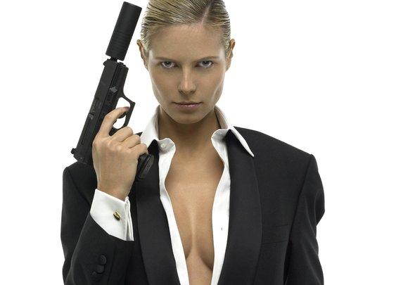 Heidi Klum Bond Girl