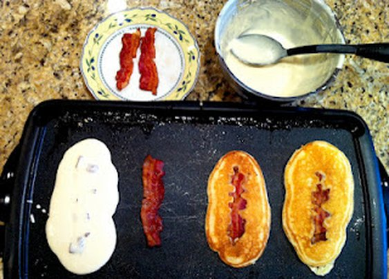 Bacon Pancakes (Football Pancakes)