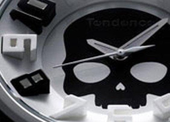 Hydrogen Skull White/Black