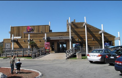 Super Punch: The nicest Taco Bell in the world! EVER!