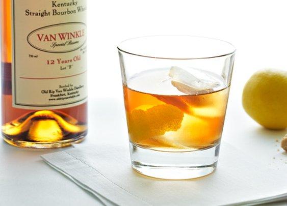 Old-Fashion Cocktail Recipe | Garden and Gun