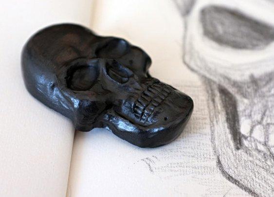 Graphite Skull - Cool Material