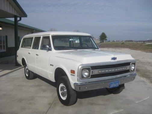1969 Chevrolet Suburban | Hemmings Daily