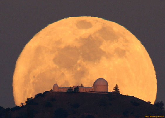 ❏ lick observatory moonrise by rick baldridge ❏