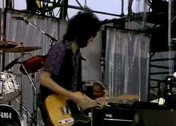 Tom Petty - American Girl      - YouTube