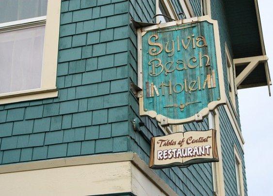 The Sylvia Beach Hotel « Tea & Cookies