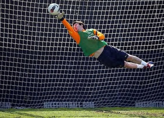 Messi flying in goal