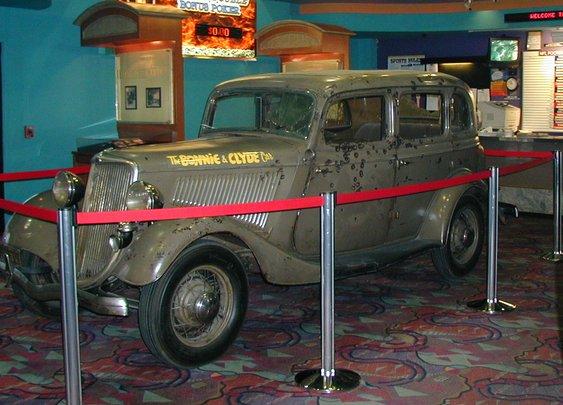 1934 Ford Model 730 Deluxe Sedan