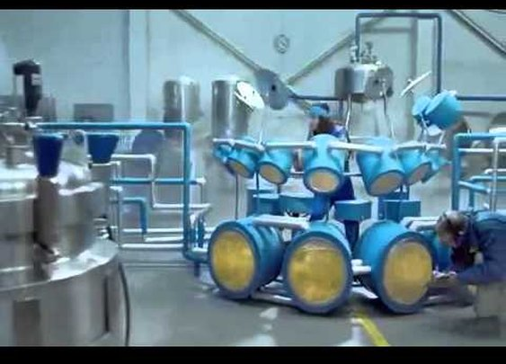 Most Epic Beer Commercial Ever - Hahn Super Dry      - YouTube