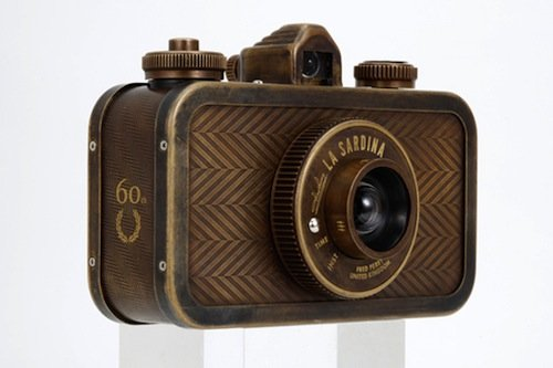 Fred Perry Teams Up With Lomography To Produce Limited-Edition Camera - DesignTAXI.com