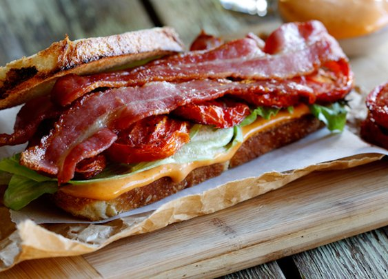 The Ultimate BLT-Sandwich | Simply Delicious