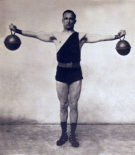Get Strong Fast: The Kettlebell Workout | The Art of Manliness