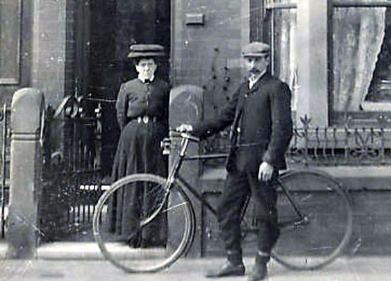 1890s-1920s MEN & BICYCLES