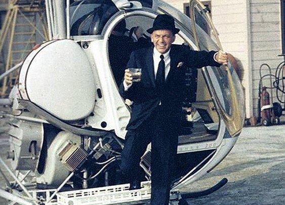 Frank Sinatra- making an entrance