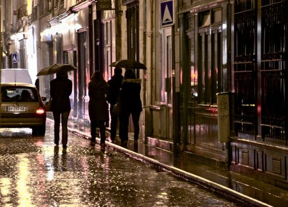 A Rainy Saturday Night, Paris