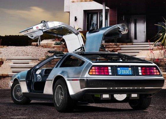 Great Scot! DMC announces all-electric DeLorean for 2013