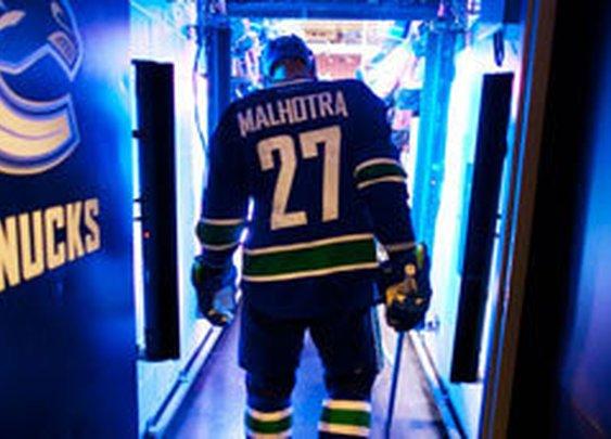 Manny Malhotra named as a 2012 Masterton Nominee - Vancouver Canucks - News