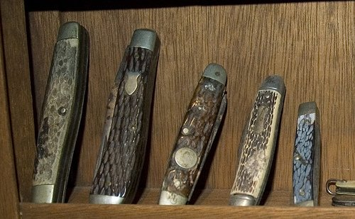 Essential Manual Hand Tools: Carry a Pocket Knife | The Art of Manliness