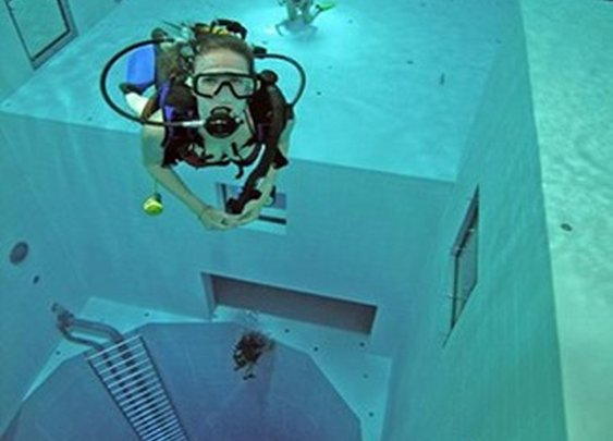 Nemo 33 – the Deepest Diving Pool in the World…