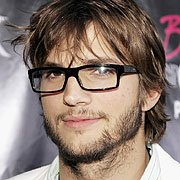 Ashton Kutcher to play Steve Jobs in the biopic? |  9to5Mac | Apple Intelligence