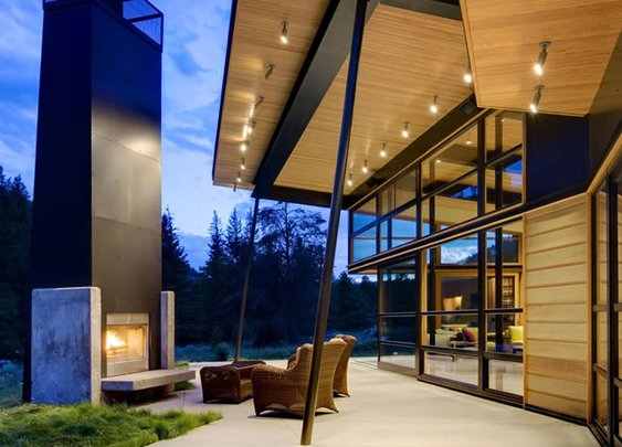 Beautiful Houses: River Bank House in Montana