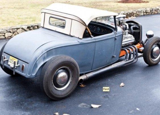 183.93 MPH in '58: 1932 Ford SCTA Roadster