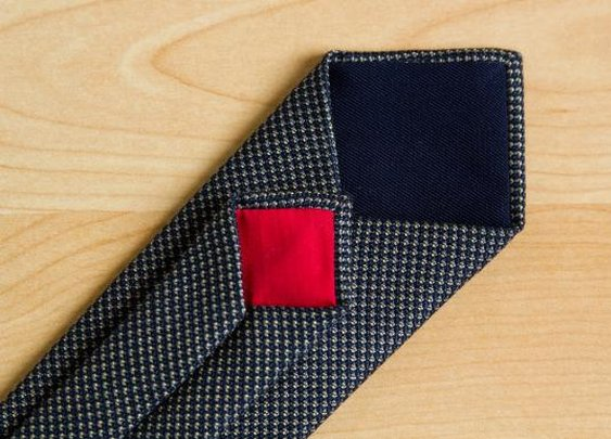 Fifth&Brannan | Navy and Gold Necktie