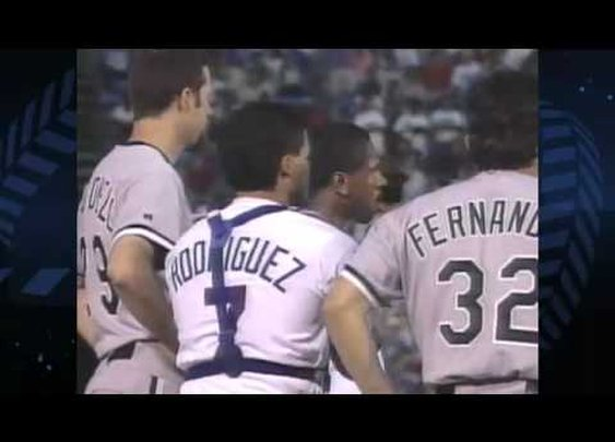 Nolan Ryan Beats Up Robin Ventura