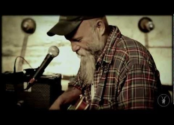 "Seasick Steve ""Back In The Dog House"" - AllSaints Basement Sessions      - YouTube"