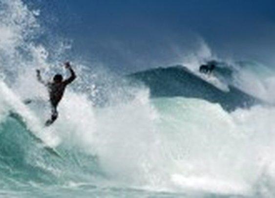 Surfing the Banzai Pipeline, North Shore of O'ahu