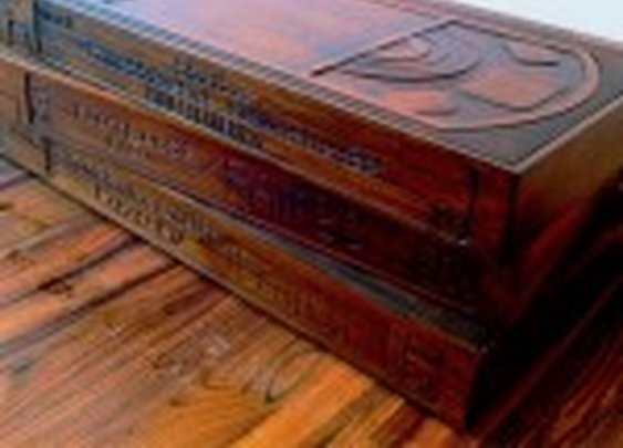 VHS Coffee Table: Be Kind, Rewind (and Keep Your Feet off of It!) - Technabob