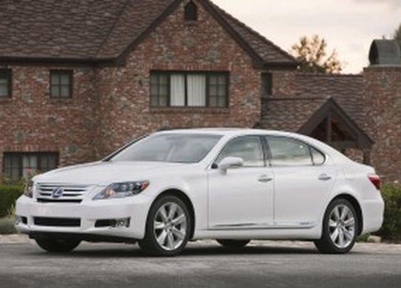 2012 Lexus LS Hybrid - TotalCarScore 89/100