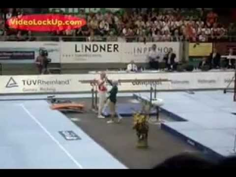 86-year-old gymnast 'Johanna Quaas' performs parallel bars routine - YouTube