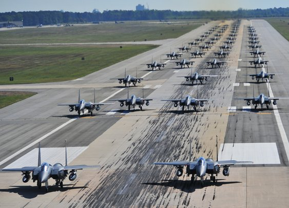 "This Insane Lineup Of Seventy F-15E Strike Eagles Is From Yesterday's 'Elephant Walk"" In North Carolina - Business Insider"