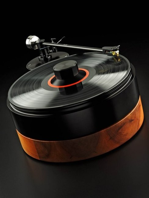 Turntables by AMG