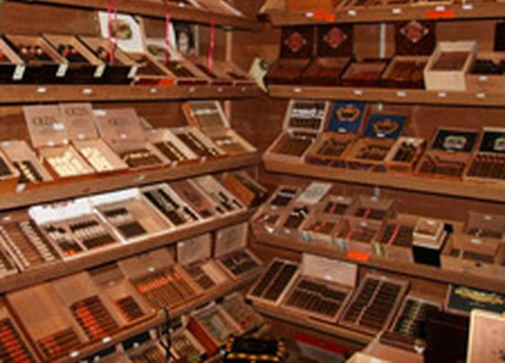 V Cut Cigar Lounge, Los Angeles, California | Where to Smoke | Cigar Aficionado