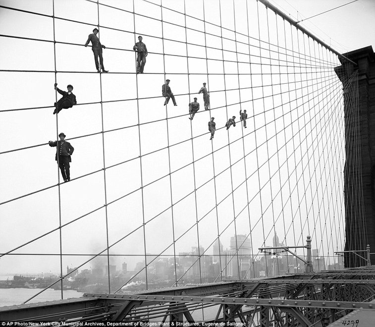 Never-before-seen photos from 100 years ago tell vivid story of gritty New York City  | Mail Online