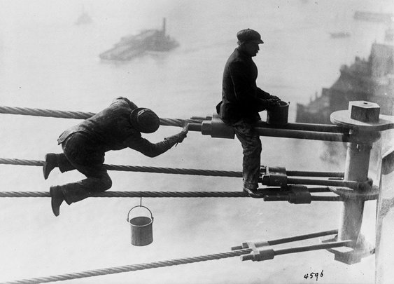 painters. brooklyn bridge. 1915. (uncredited photo, but probably eugene de salignac)