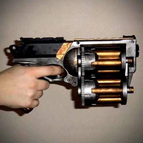 How To: Make an 18-Shot, Ratcheting Triple Barrel Nerf Gun