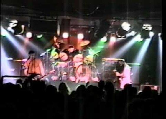 "CARNIVORE ""World Wars III and IV"" LIVE 1994      - YouTube"