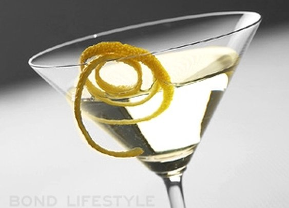 Vesper Martini | Bond Lifestyle