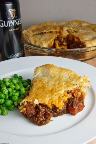Closet Cooking: Steak and Guinness Pie