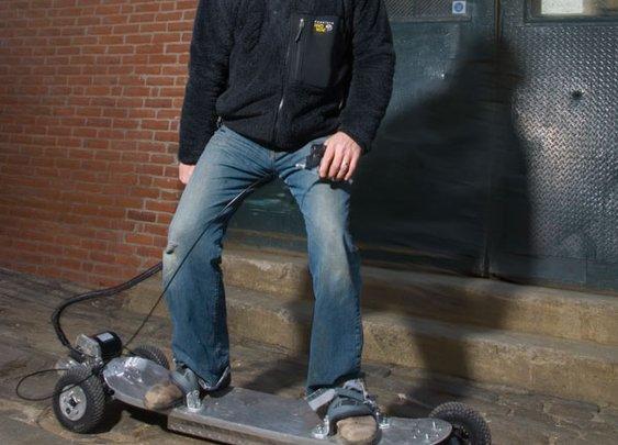A Motorized Skateboard for Speed-Happy Gearheads   Popular Science